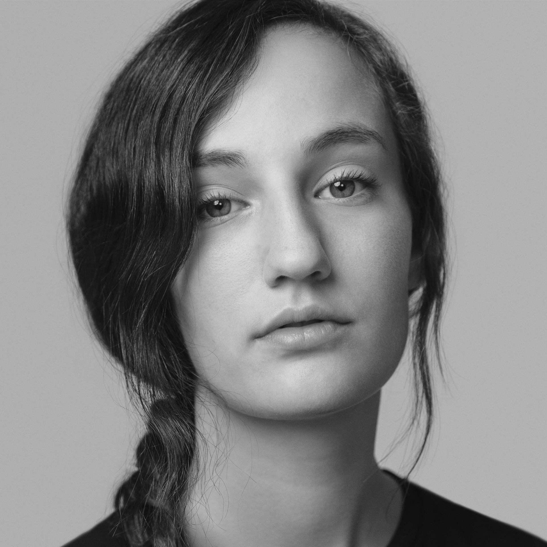 Elyse Belmont-Stroh de Consulat