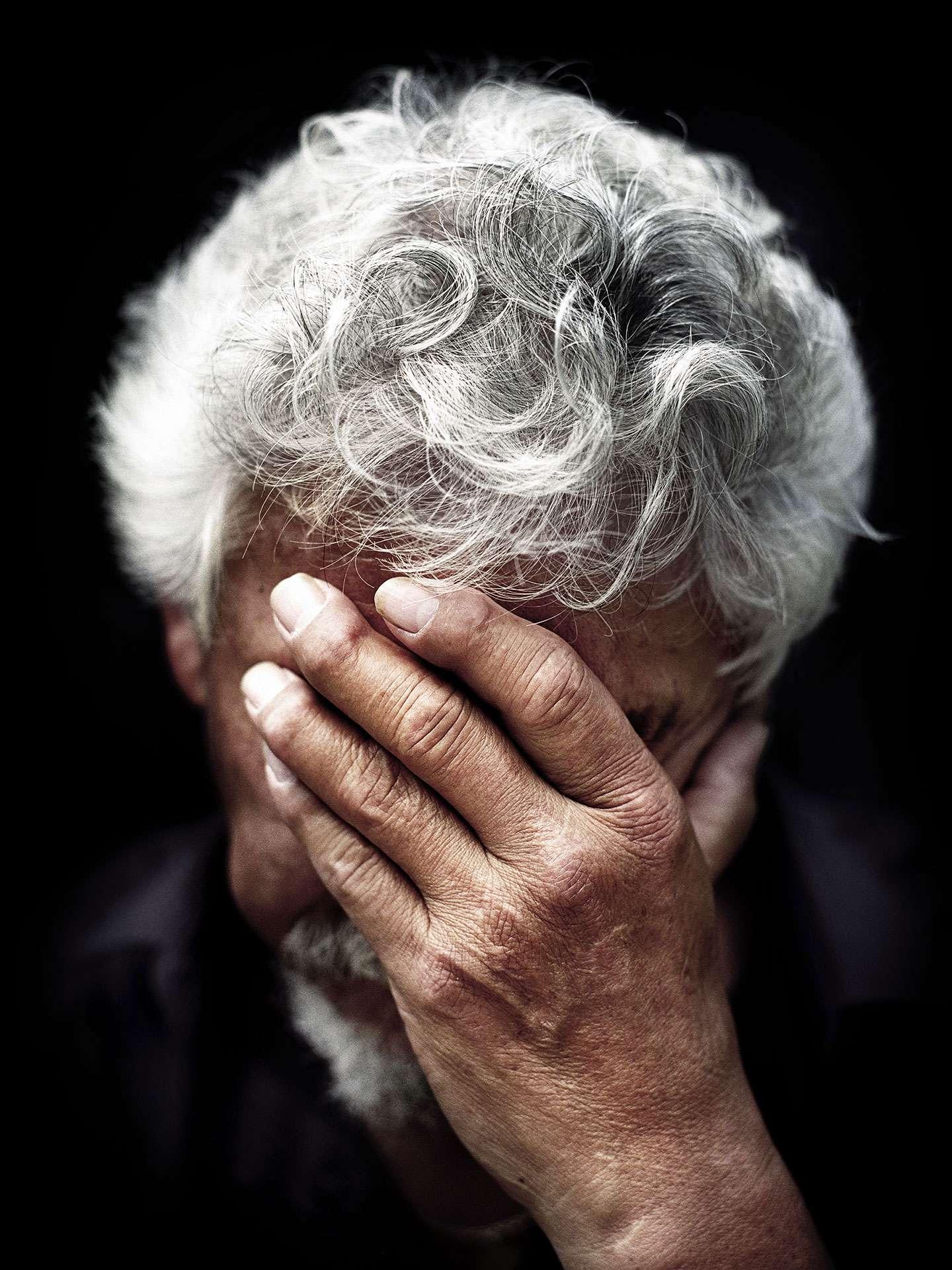 David Suzuki hiding his face by Jocelyn Michel