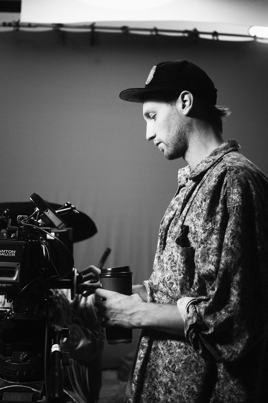 Christophe Sauvé filming rapper Koriass music video 5 à 7 filmed by Vincent Ruel-Cote from Les Gamins with 7ieme Ciel Records