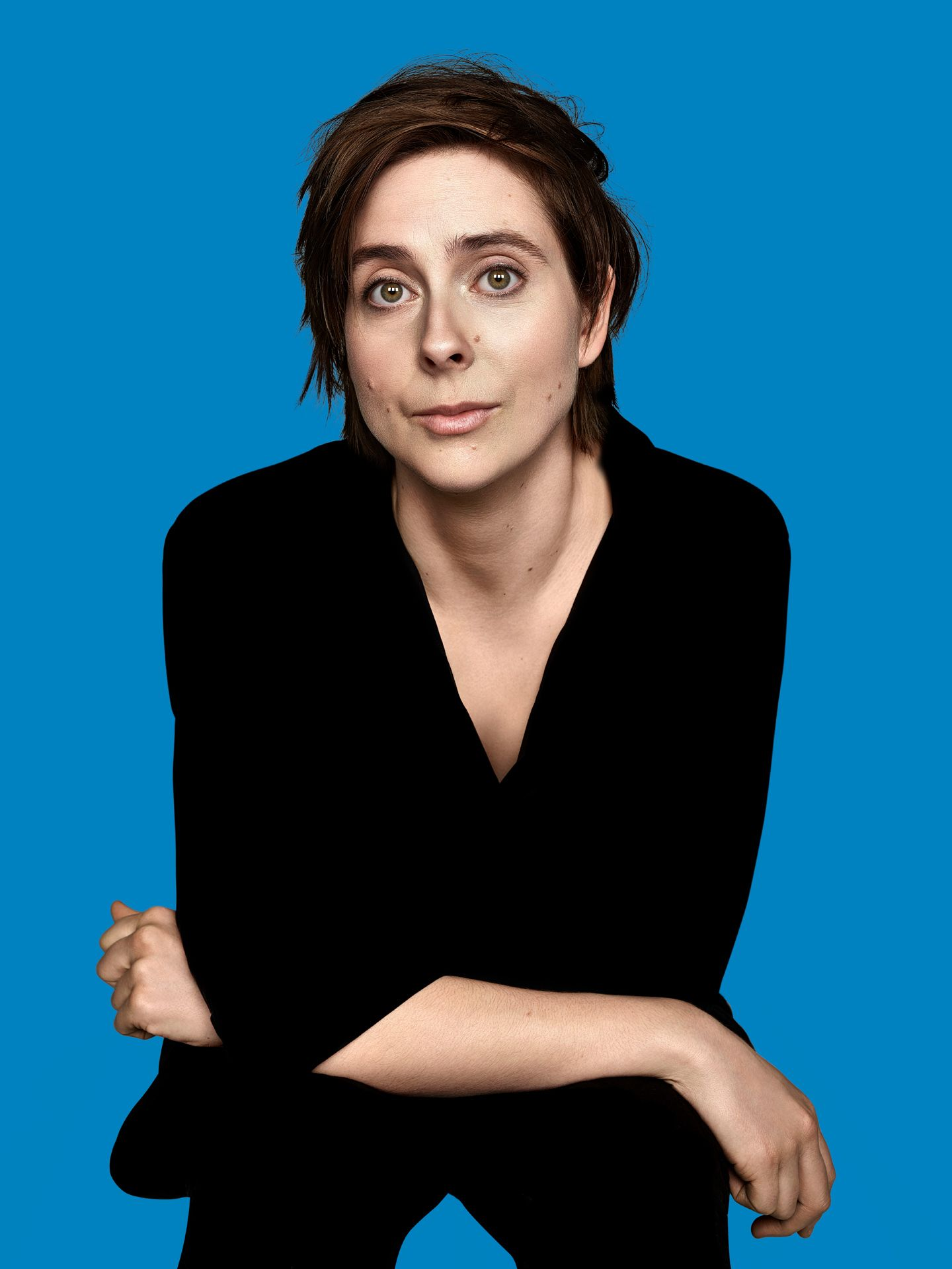 actress Eve Landry on blue background by Maxyme G Delisle for Duceppe Theatre with Publicis