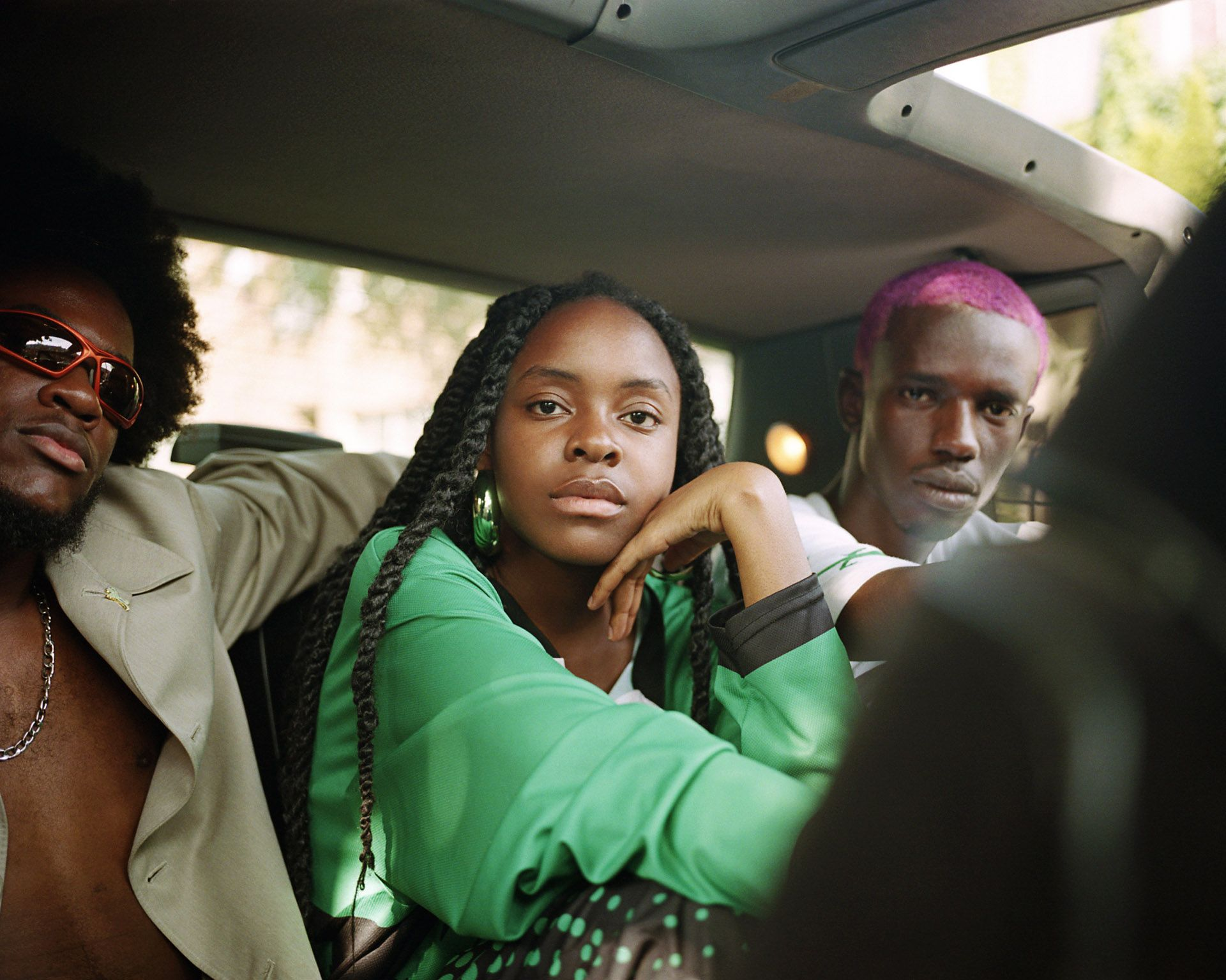 black models in car by Oumayma B Tanfous for Moonshine international sapologie with Nataal