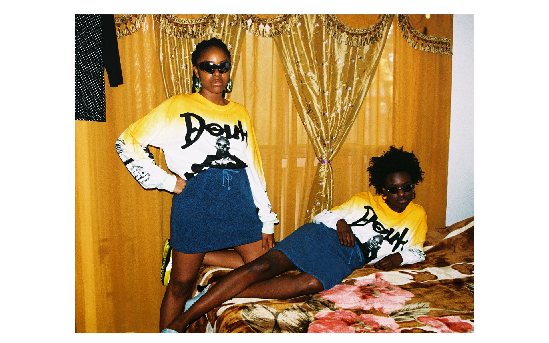 black girls models on bed by Oumayma B Tanfous for Moonshine international sapologie with Nataal