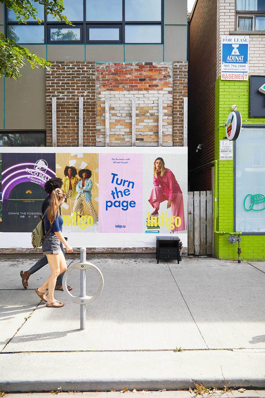 Affiche Indigo facade boutique de Toronto