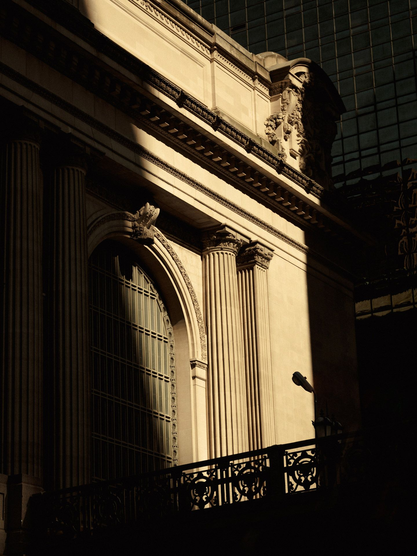 historical building of Toronto in the sun photographed by Alexi Hobbs for PSP