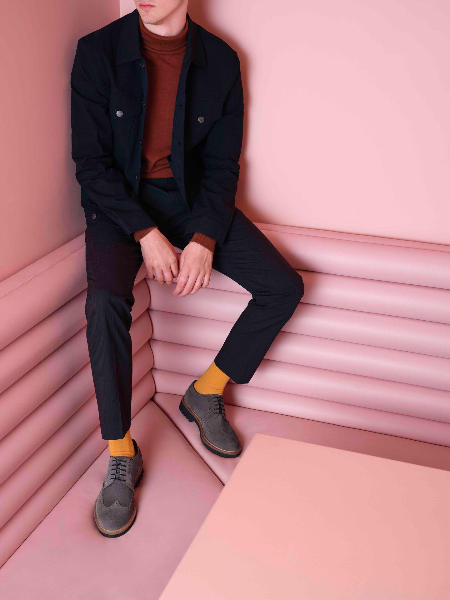 photo d'un mannequin portant des chaussures de Jean-Paul Fortin par Maxyme G. Delisle pour le lookbook automne 2019 de Jean-Paul Fortin