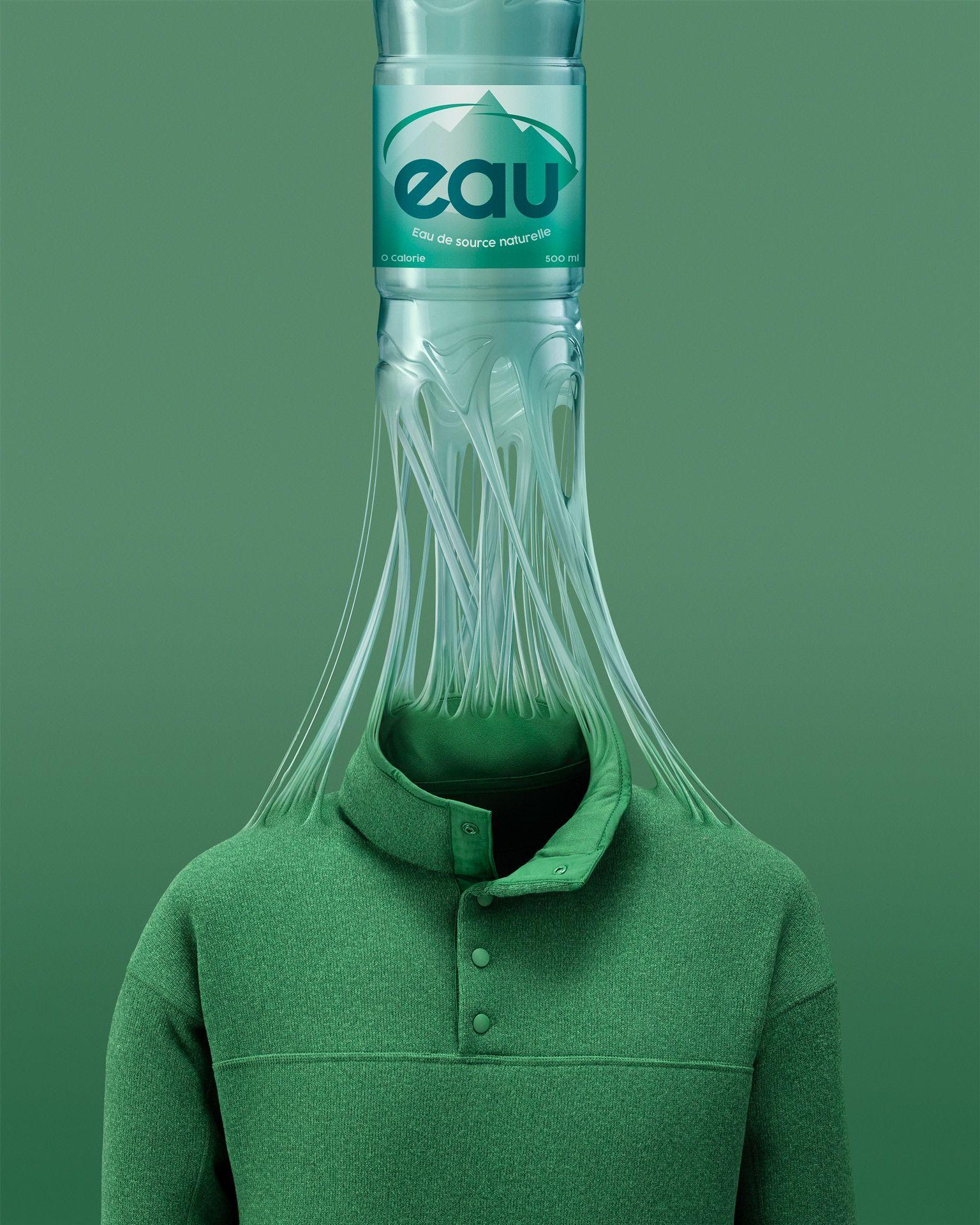 montage photo d'une bouteille d'eau en plastique se transformant en chandail par Mathieu Lévesque pour Recyc-Québec