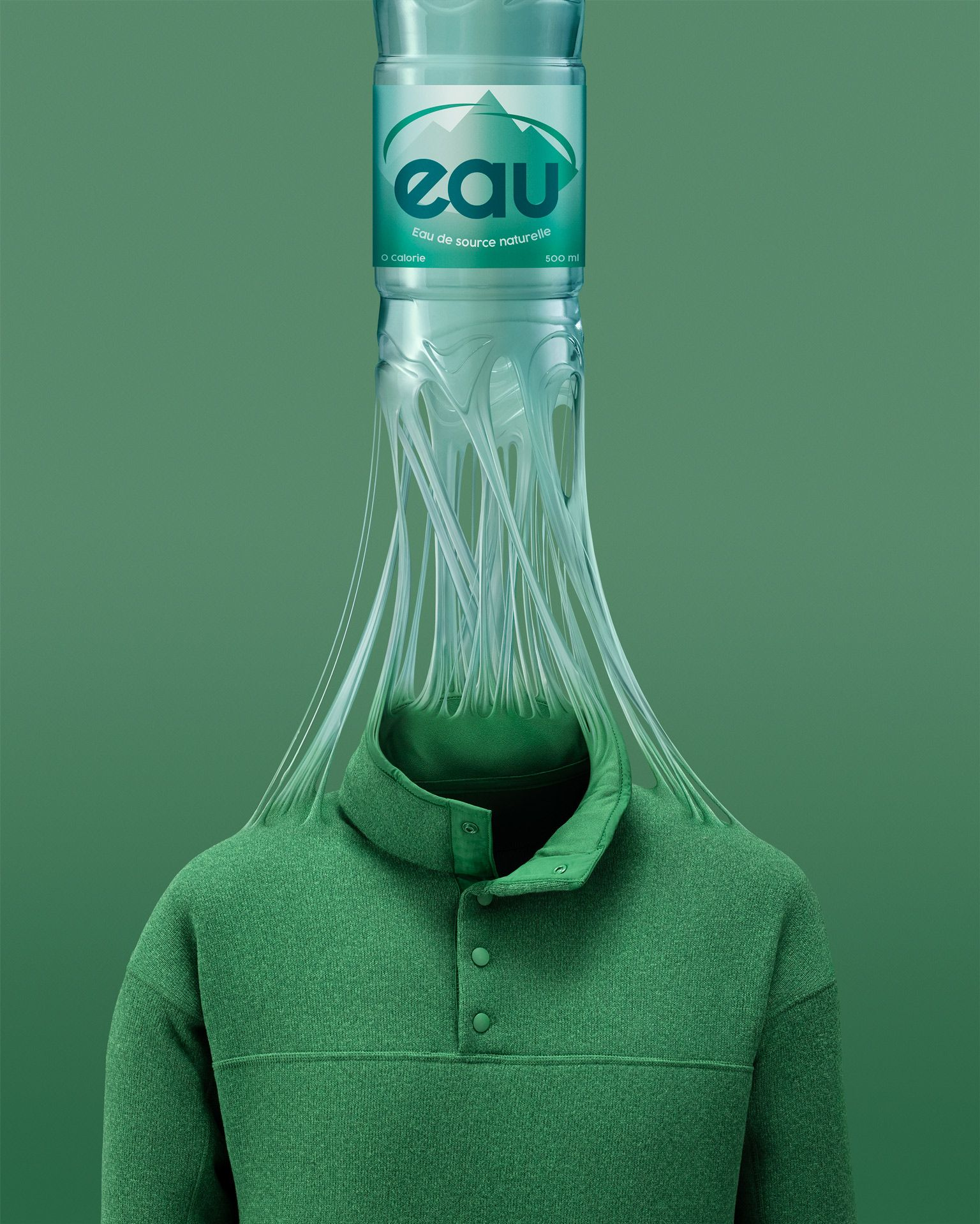 photo manipulation of a plastic water bottle morphing into a sweater by Mathieu Lévesque for Recyc-Québec