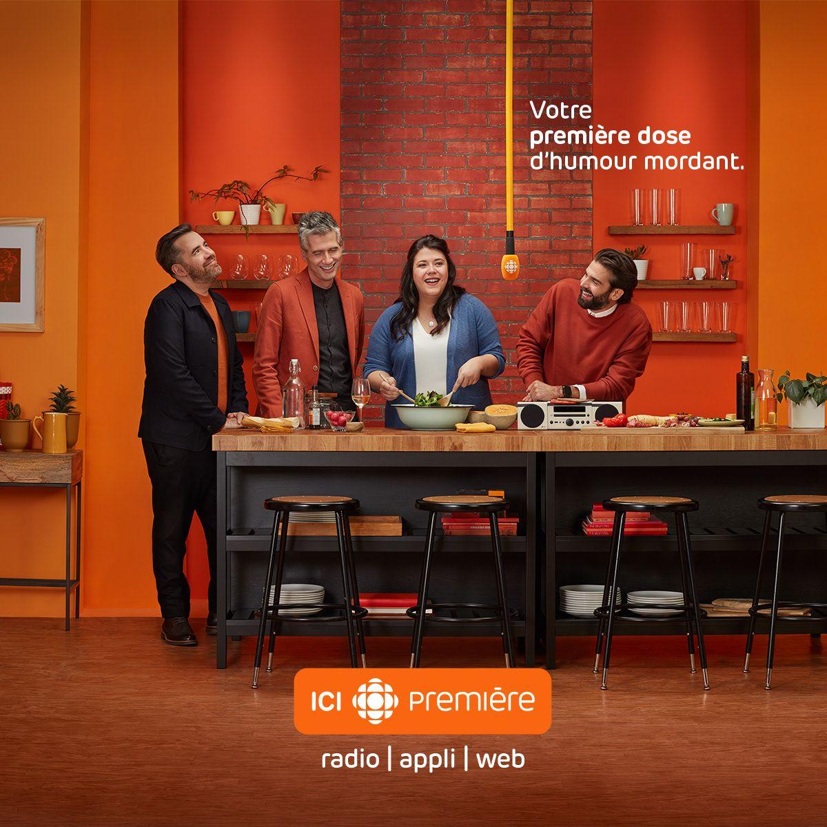 Campaign ad using Simon Duhamel's shot of the hosts of La soirée est (encore) jeune for ICI Première