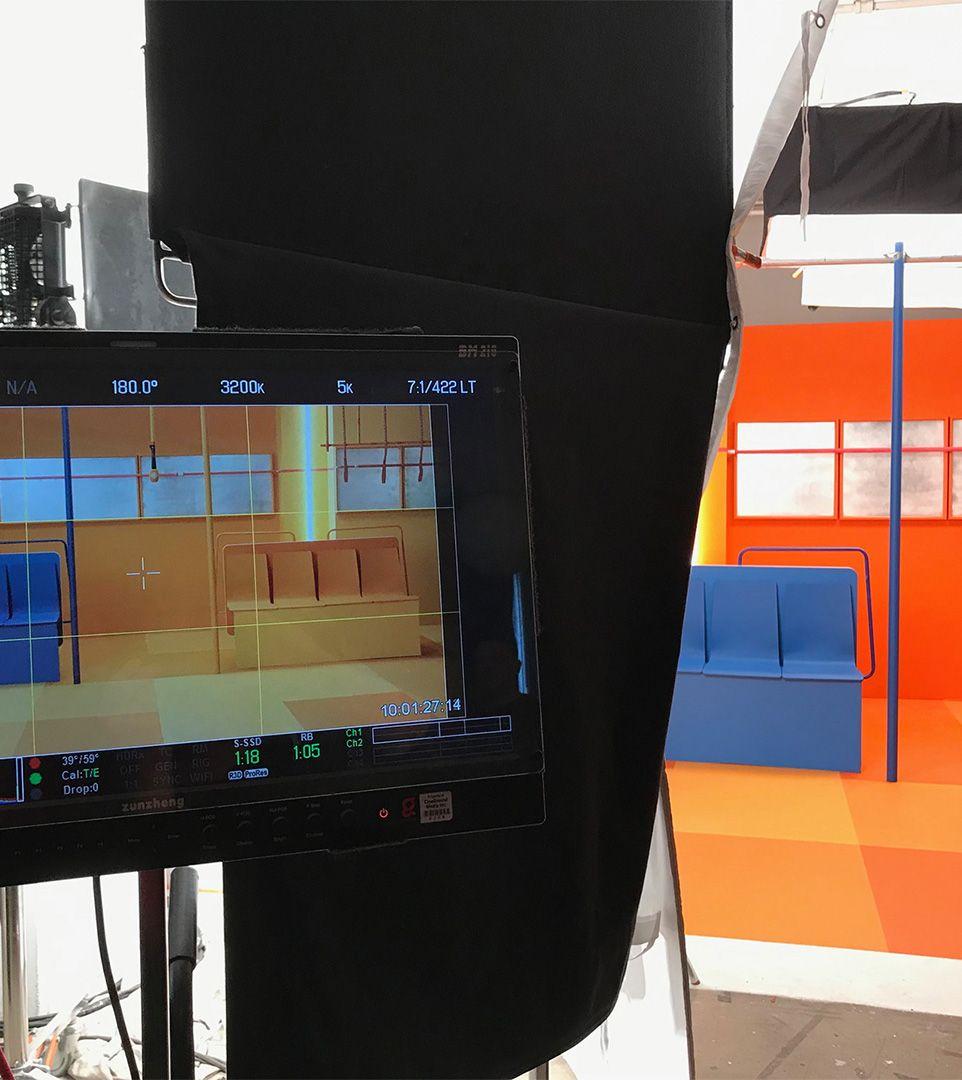 behind the scene shot of Simon Duhamel's ICI Premiere photoshoot