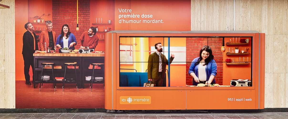 campagne d'affichage des publicités pour ICI Première par Simon Duhamel à la station McGill