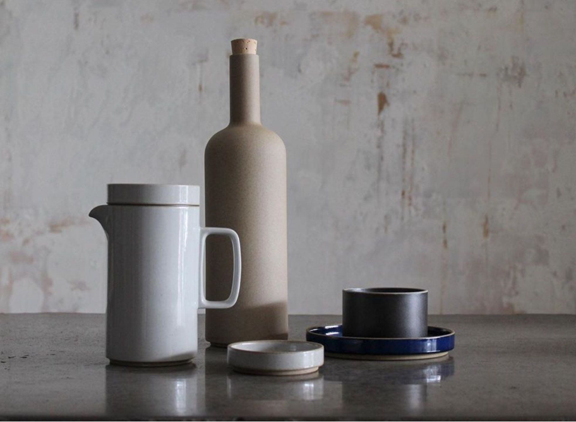 picture of Hasami Porcelain pieces