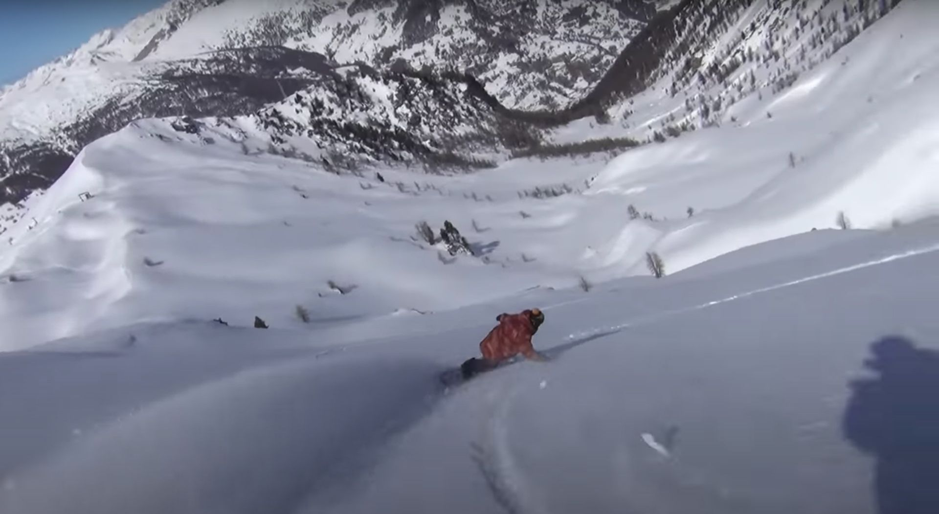 snowboarders going down slope in short movie The Eternal Beauty Of Snowboarding by Jerome Tanon