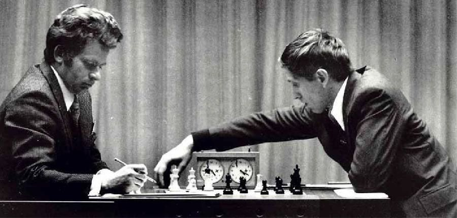 picture of chess match of the century between Fischer and Spassky